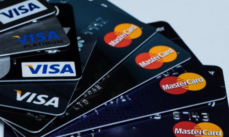 VISA или MasterCard?